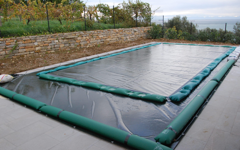 Cover coperture invernali - telo impermeabile per piscina | Favaretti Group