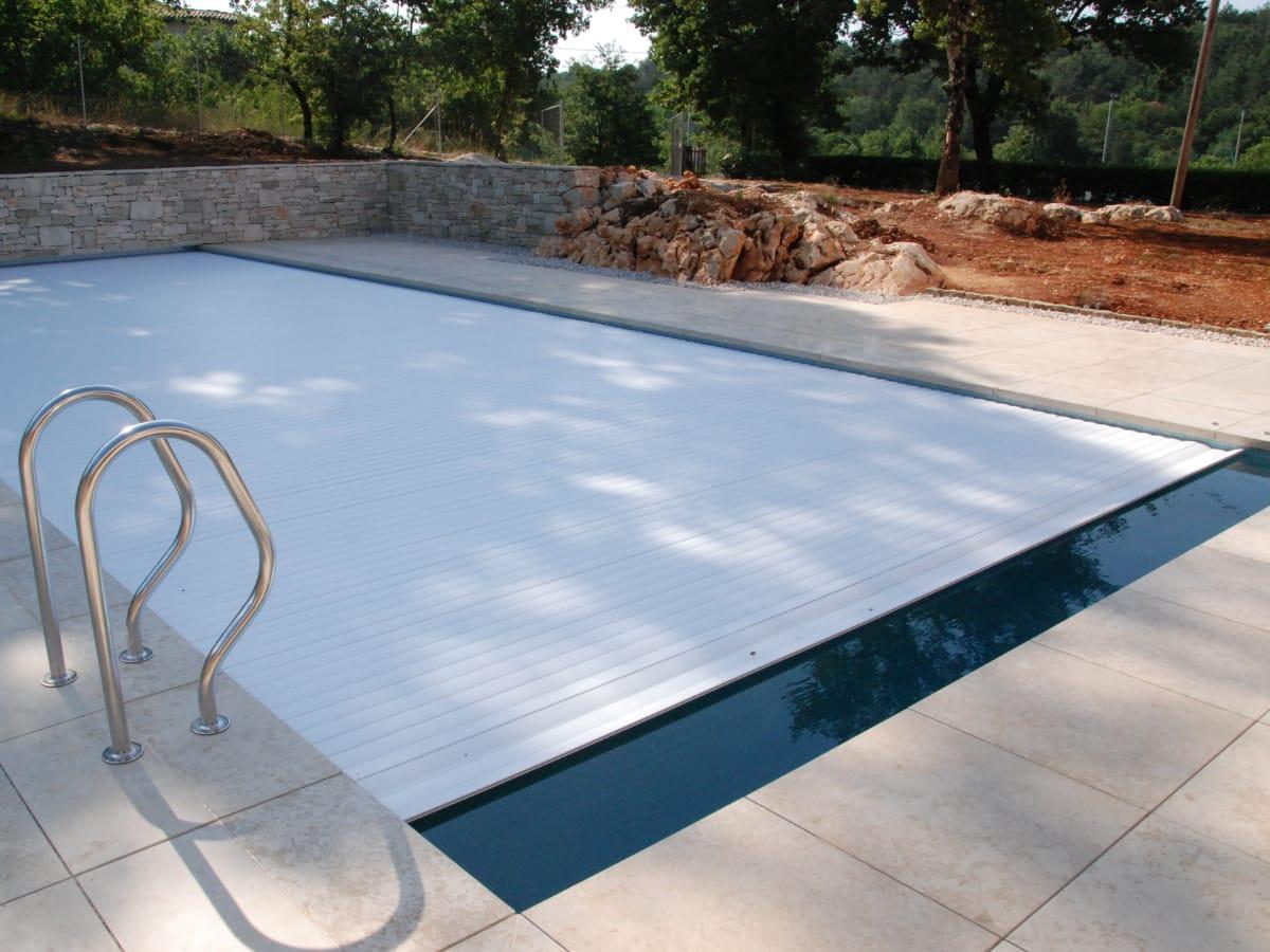 Copertura piscina a tapparella automatica | Favaretti Group